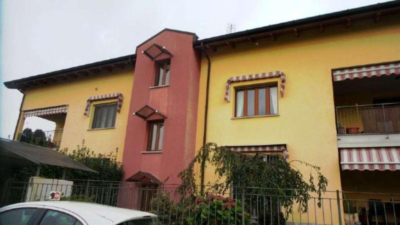 Appartamento in vendita a Caronno Varesino, 2 locali, prezzo € 109.000 | Cambio Casa.it