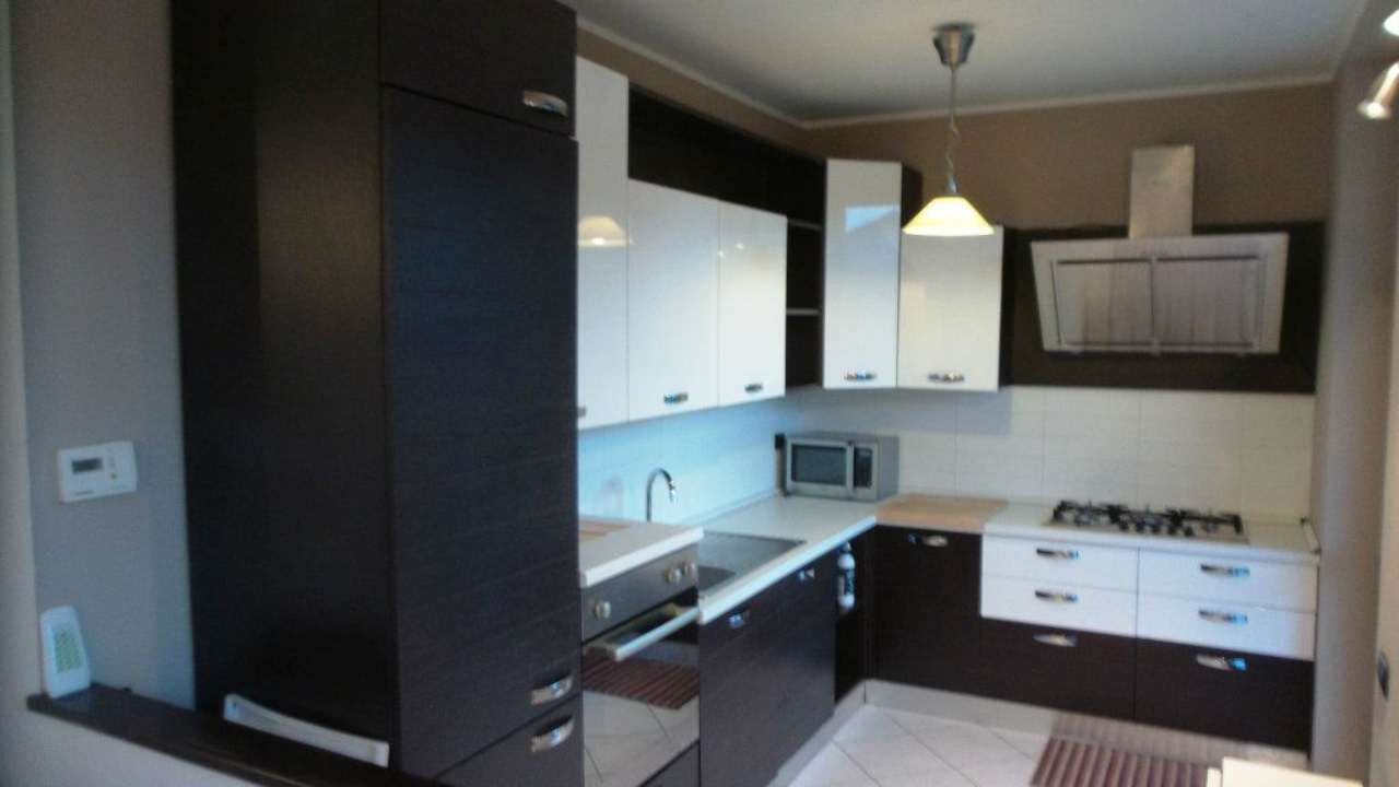 Appartamento in vendita a Carnago, 2 locali, prezzo € 119.000 | Cambio Casa.it