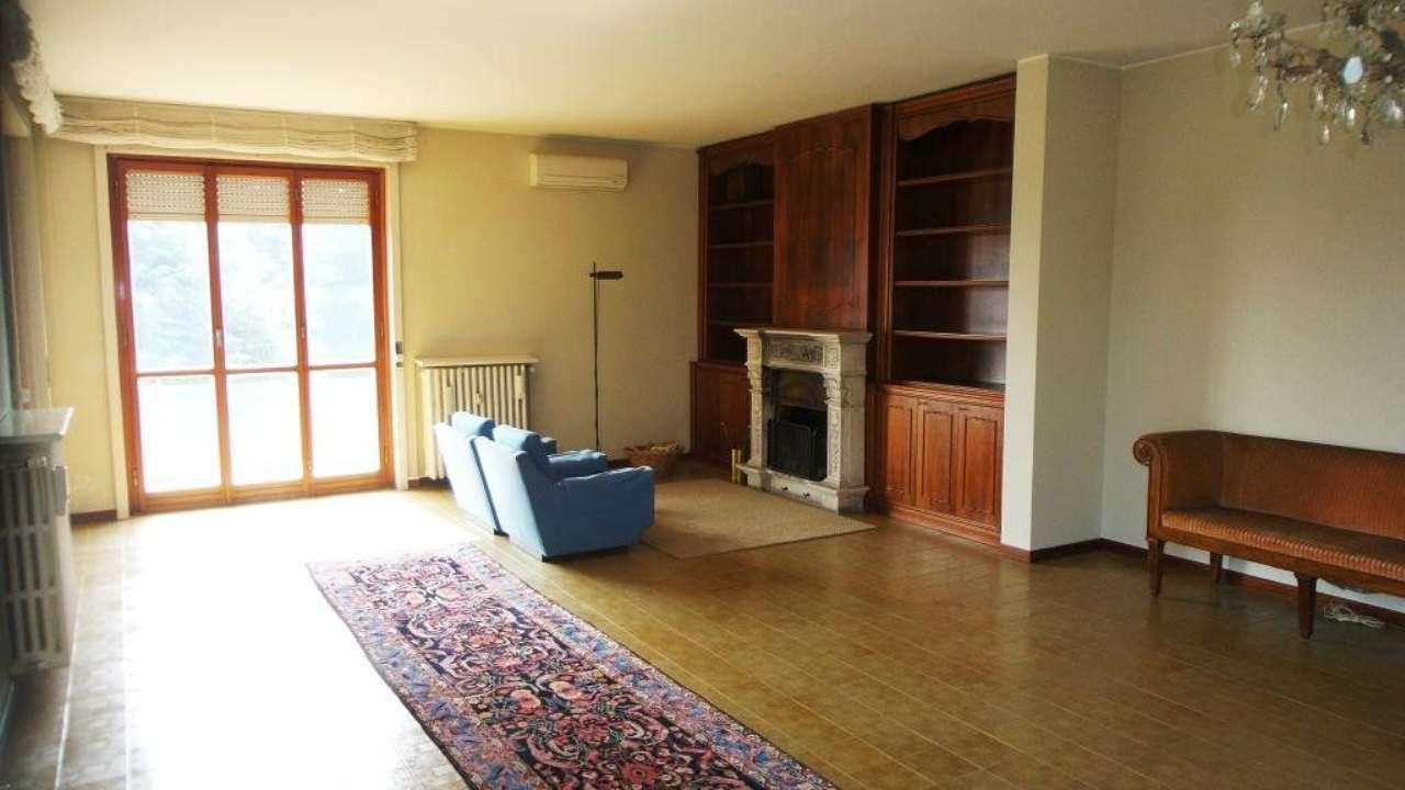 Appartamento in vendita a Carnago, 6 locali, prezzo € 295.000 | Cambio Casa.it