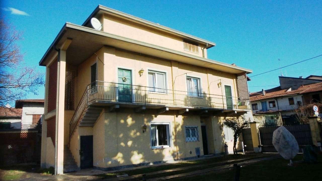 Appartamento in vendita a Sumirago, 3 locali, prezzo € 155.000 | Cambio Casa.it