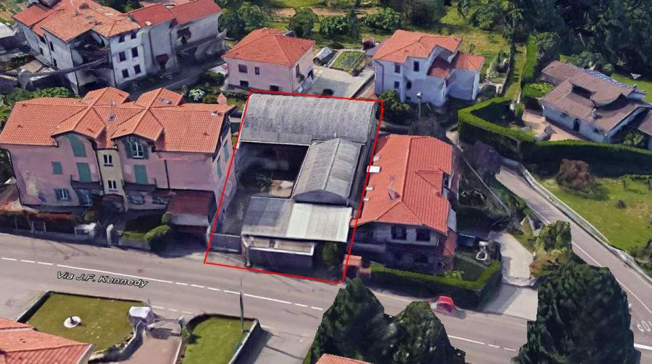 Capannone in vendita a Carnago, 5 locali, prezzo € 120.000 | Cambio Casa.it