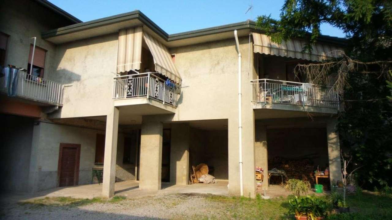 Rustico / Casale in vendita a Gallarate, 9999 locali, prezzo € 490.000 | Cambio Casa.it