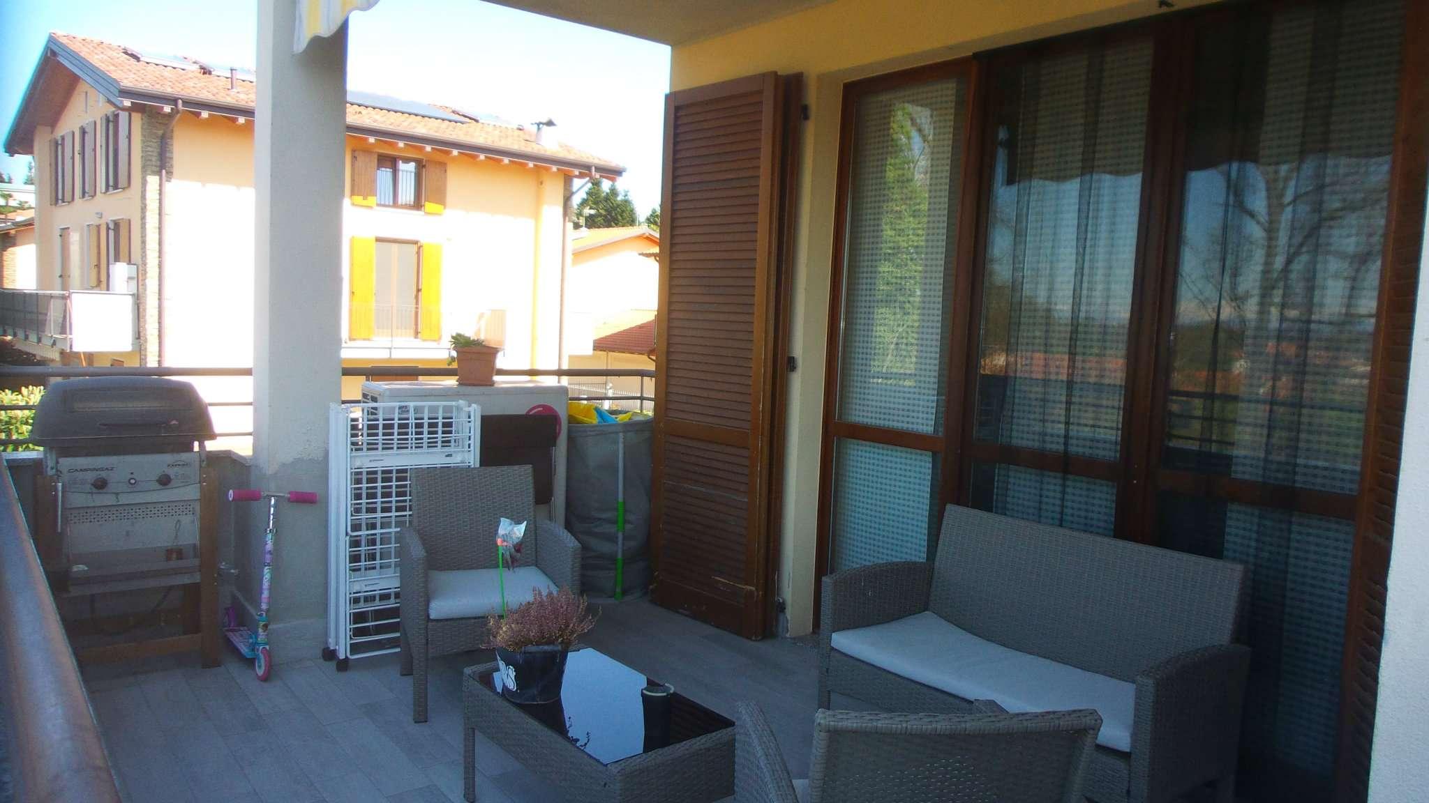 Appartamento in vendita a Caronno Varesino, 3 locali, prezzo € 155.000   Cambio Casa.it