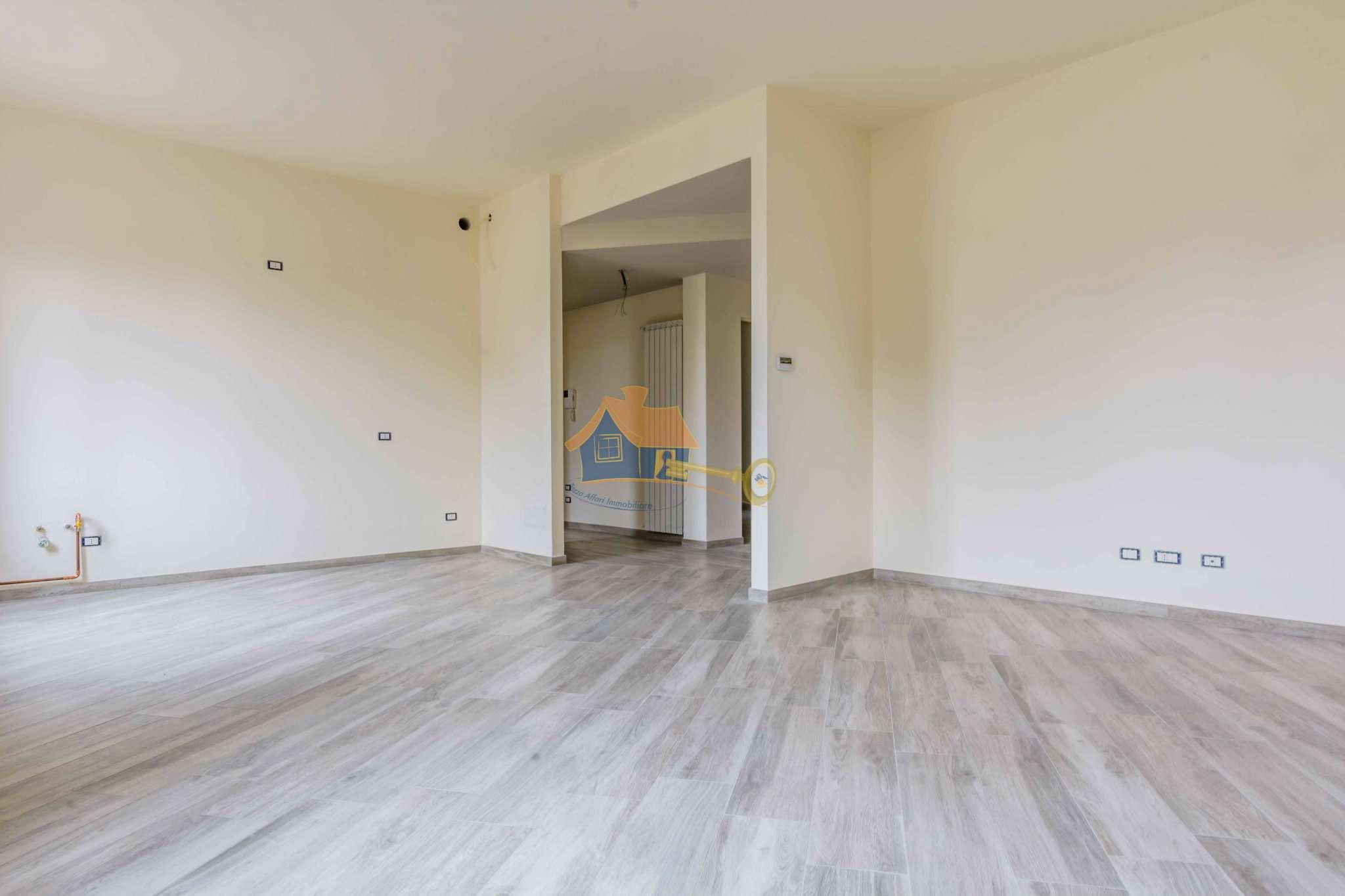 Appartamento in vendita a Gallarate, 4 locali, prezzo € 250.000 | CambioCasa.it