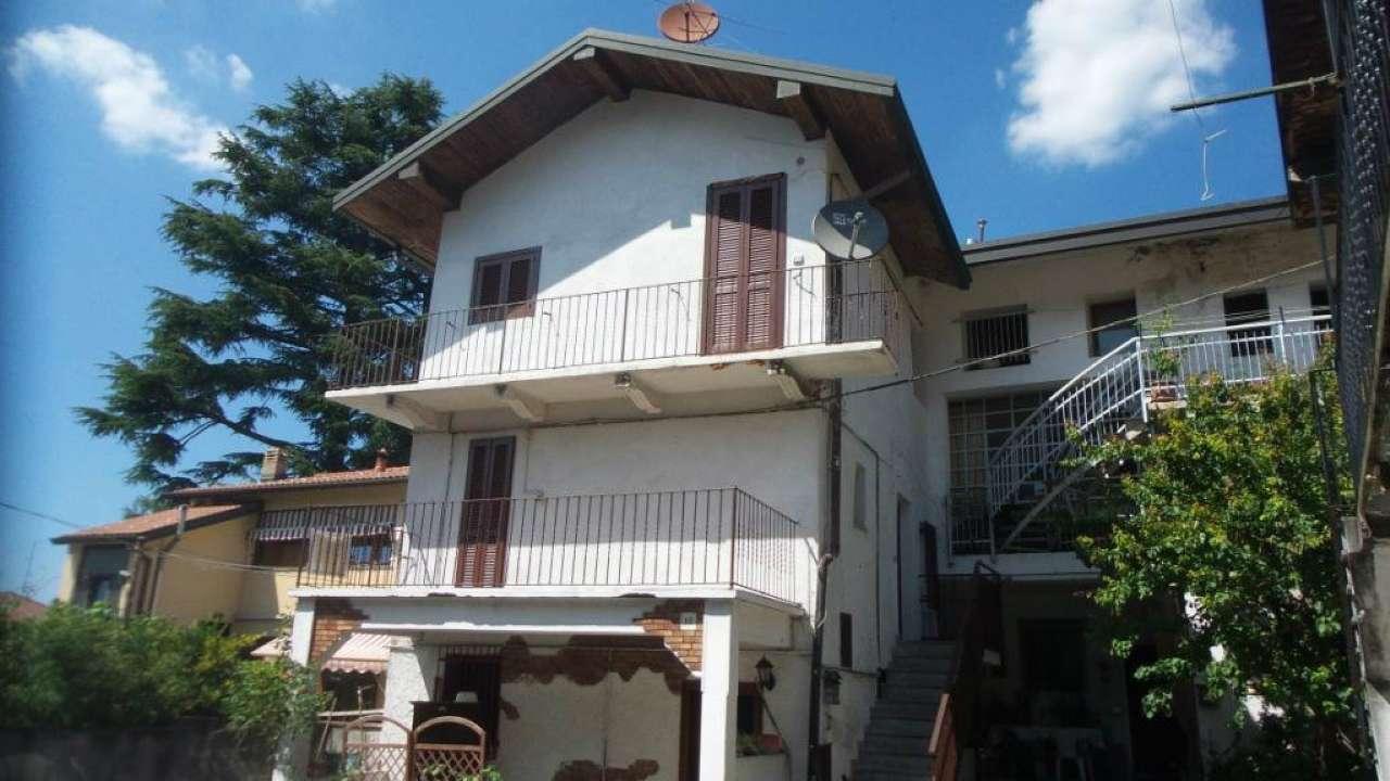 Appartamento in vendita a Caronno Varesino, 3 locali, prezzo € 89.000   Cambio Casa.it