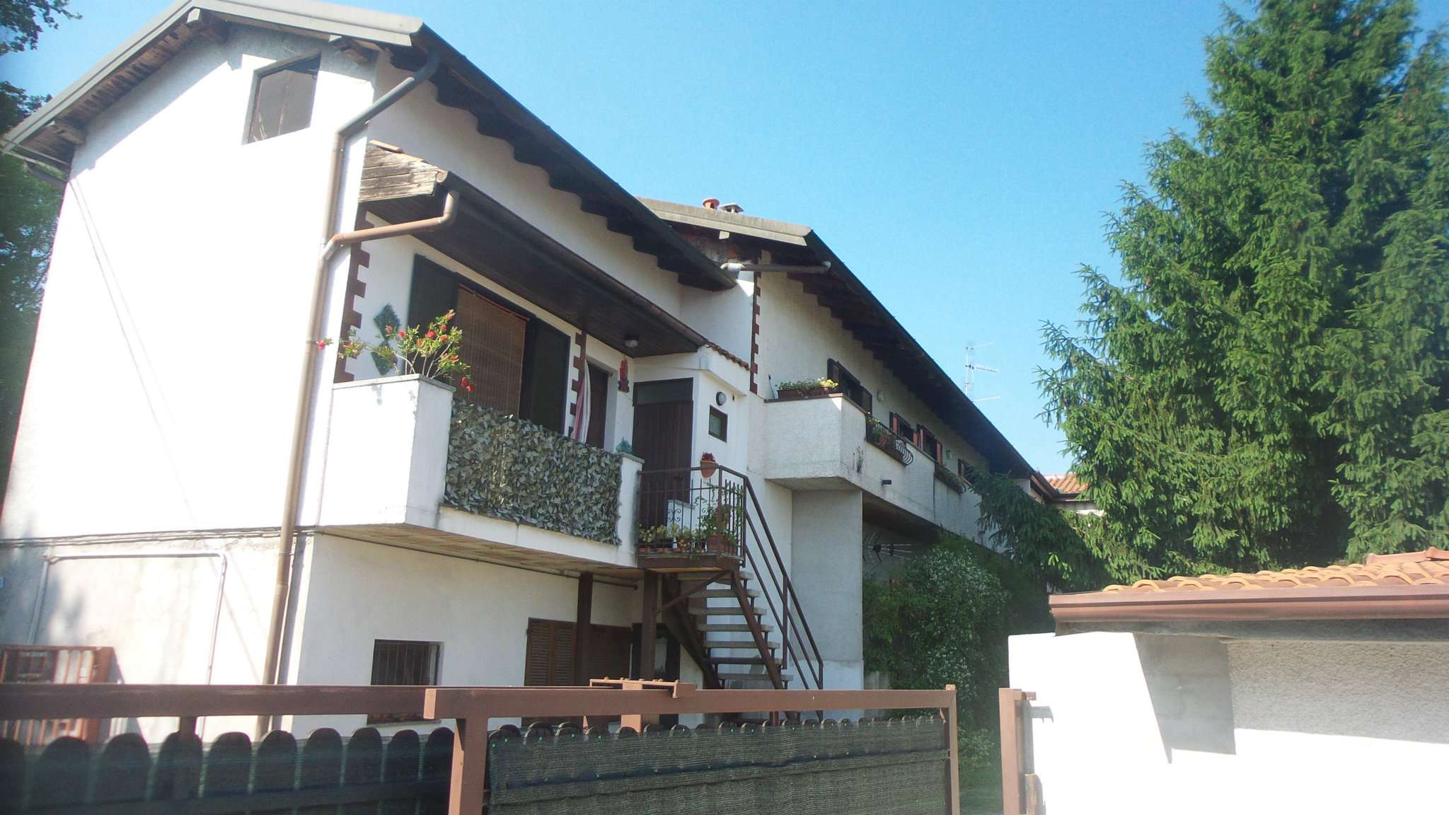 Soluzione Indipendente in vendita a Solbiate Arno, 3 locali, prezzo € 150.000 | Cambio Casa.it