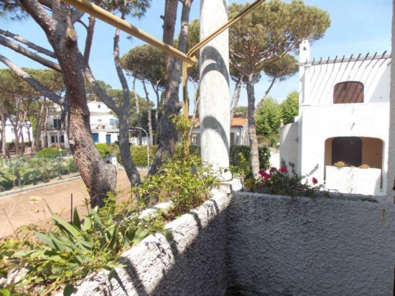 Appartamento in vendita a Santa Marinella, 6 locali, prezzo € 199.000 | CambioCasa.it