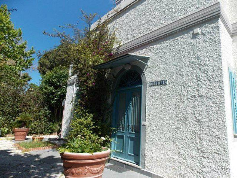 Soluzione Indipendente in vendita a Santa Marinella, 10 locali, prezzo € 560.000 | Cambio Casa.it