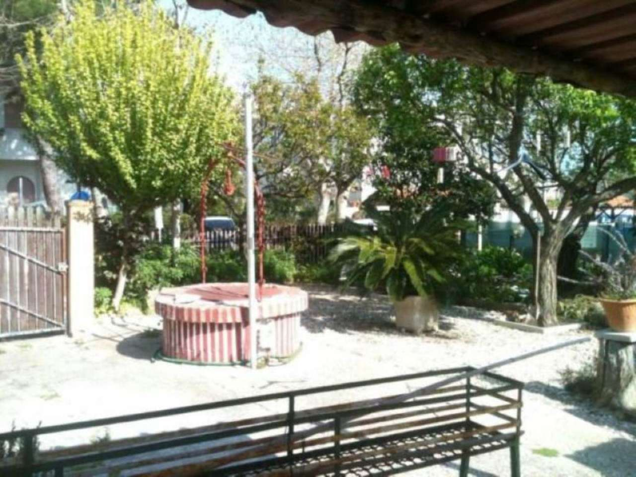 Villa in vendita a Santa Marinella, 3 locali, prezzo € 220.000 | Cambio Casa.it