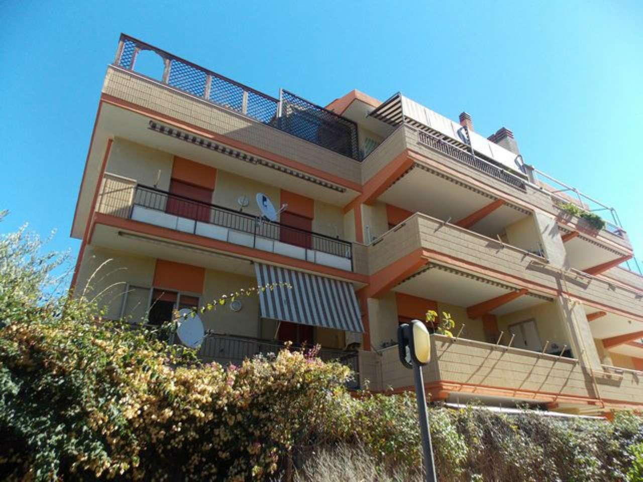 Appartamento in affitto a Santa Marinella, 3 locali, prezzo € 600 | Cambio Casa.it