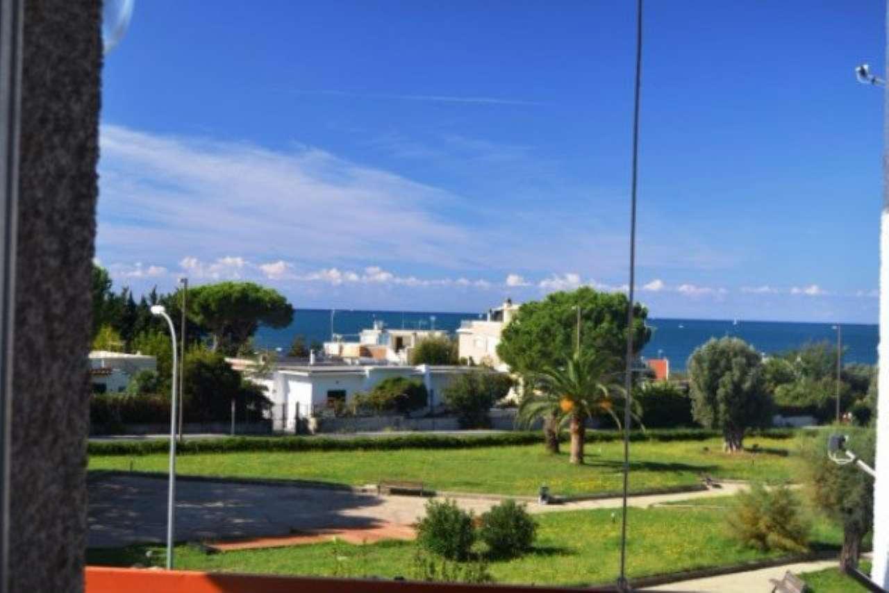 Appartamento in vendita a Santa Marinella, 4 locali, prezzo € 199.000 | Cambio Casa.it