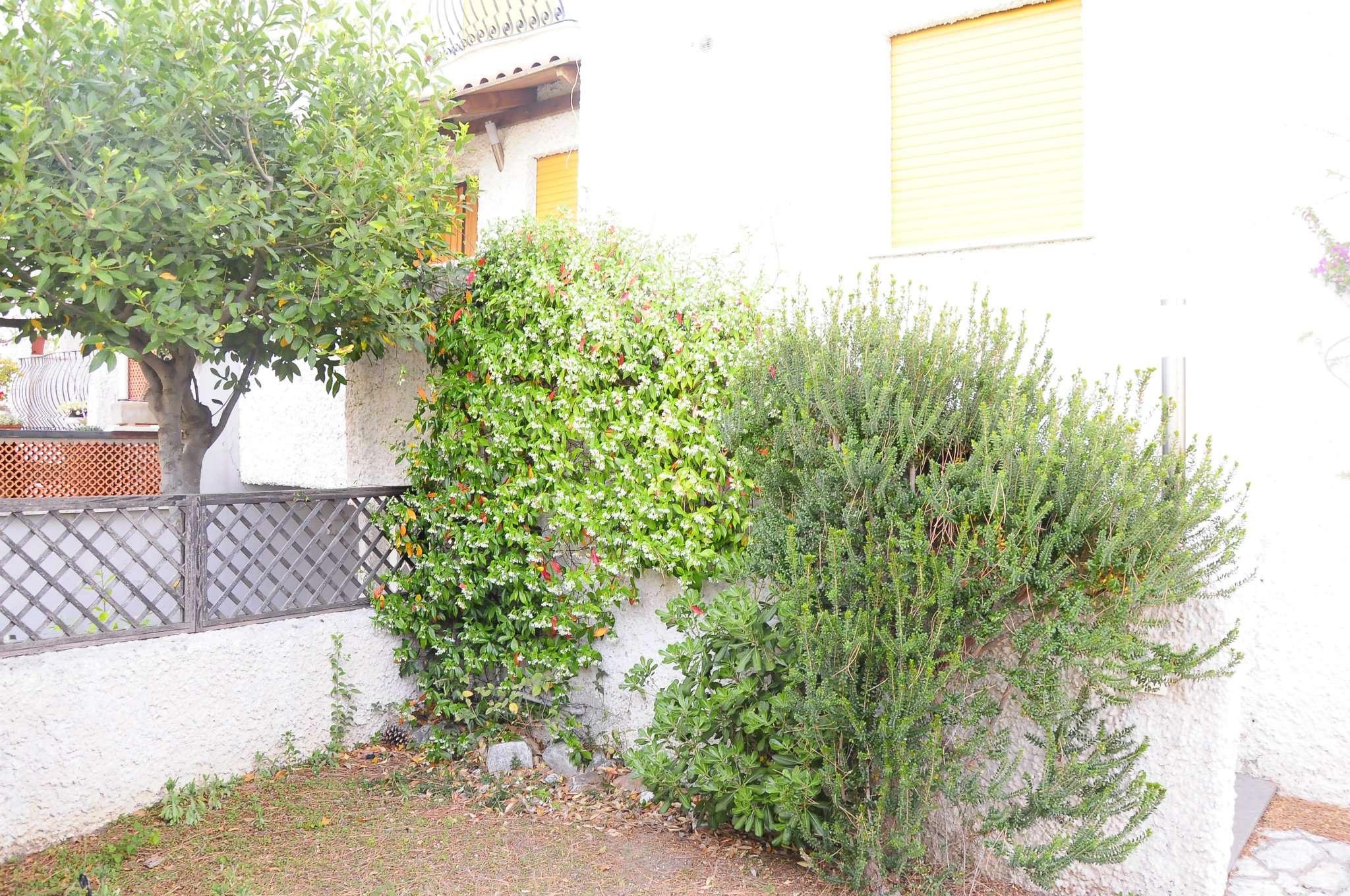 Villa Bifamiliare in vendita a Santa Marinella, 4 locali, prezzo € 390.000 | CambioCasa.it