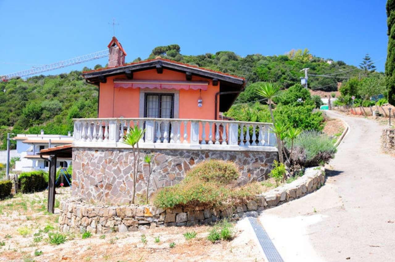 Villa in vendita a Santa Marinella, 8 locali, prezzo € 395.000 | CambioCasa.it