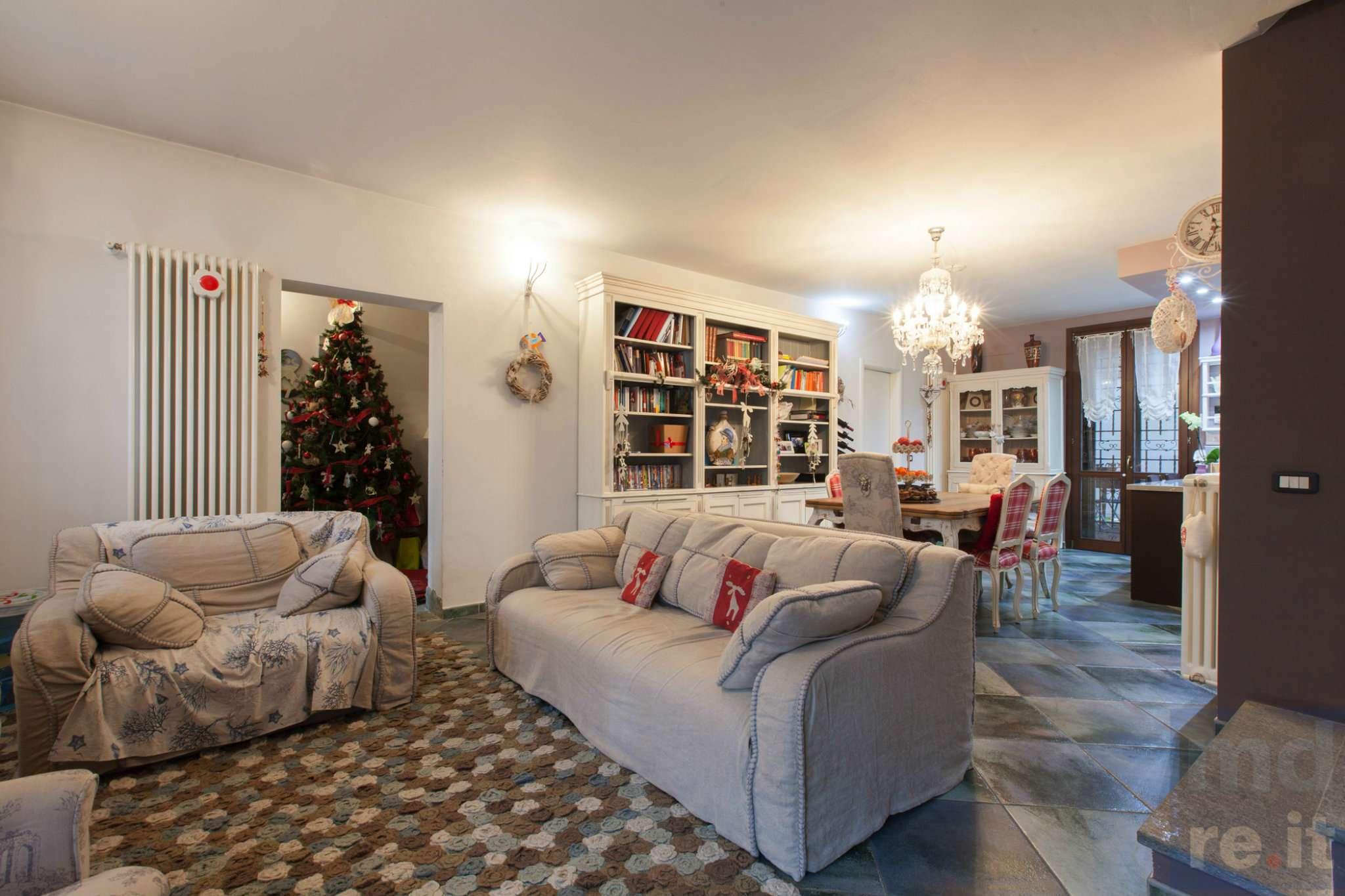 Villa in Vendita a Valera Fratta