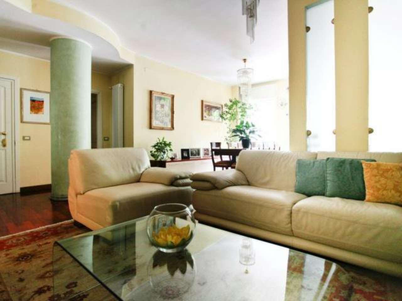 Appartamento in vendita a Milano, 5 locali, zona Zona: 4 . Buenos Aires, Indipendenza, P.ta Venezia, Regina Giovanna, Dateo, prezzo € 700.000 | Cambio Casa.it