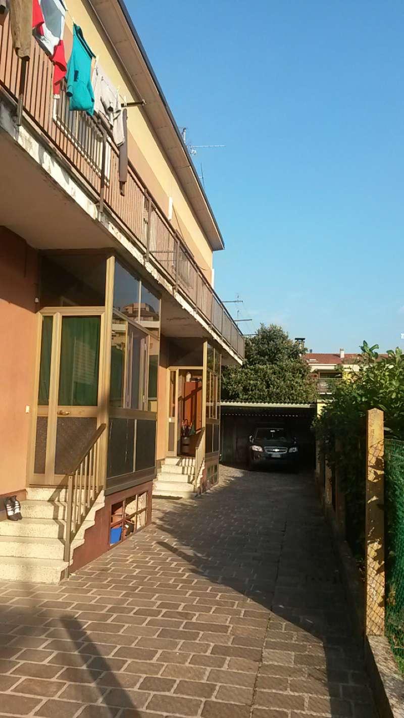 Soluzione Indipendente in vendita a Desio, 3 locali, prezzo € 179.000 | Cambio Casa.it