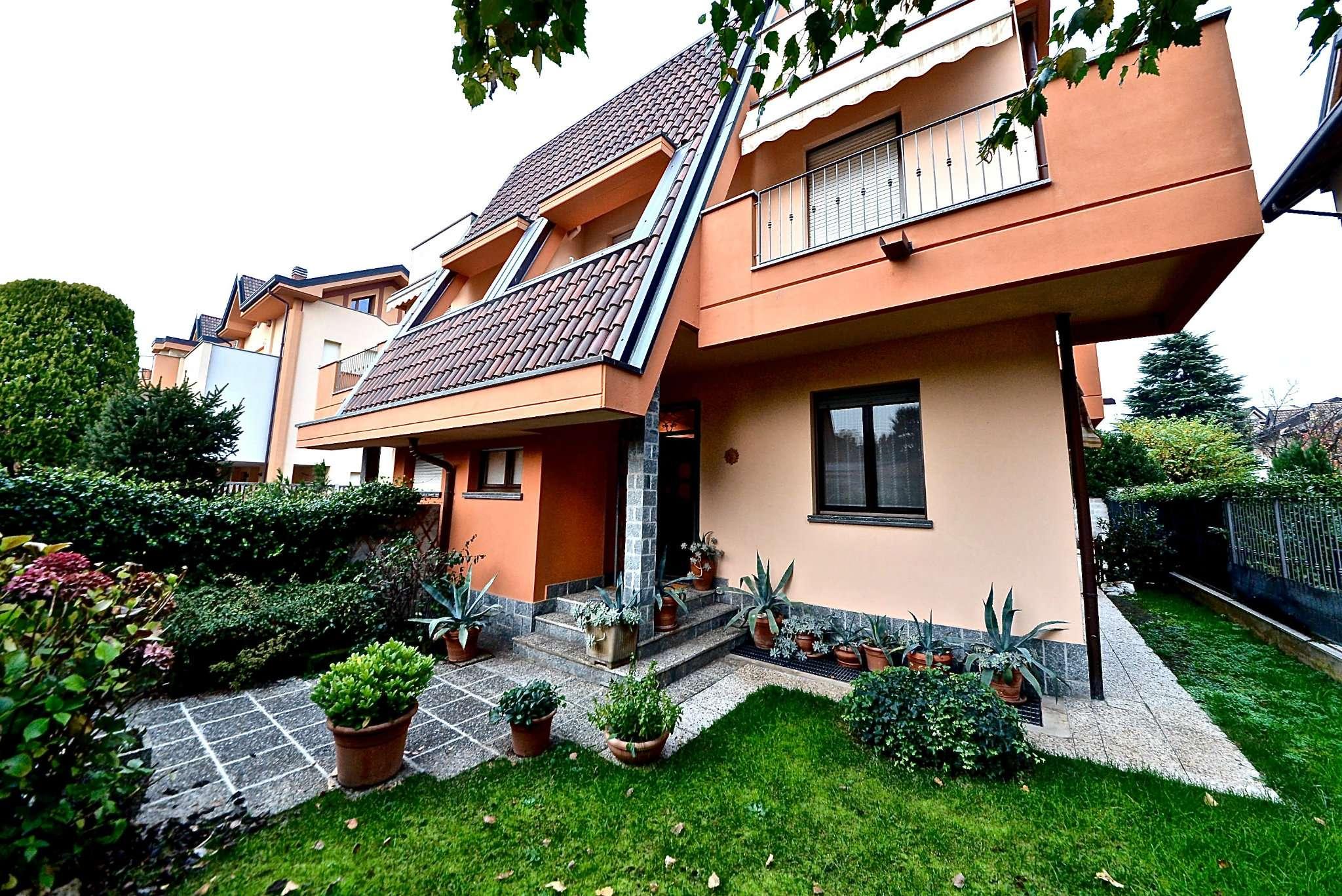 Villa in vendita a Nova Milanese, 4 locali, prezzo € 340.000 | Cambio Casa.it