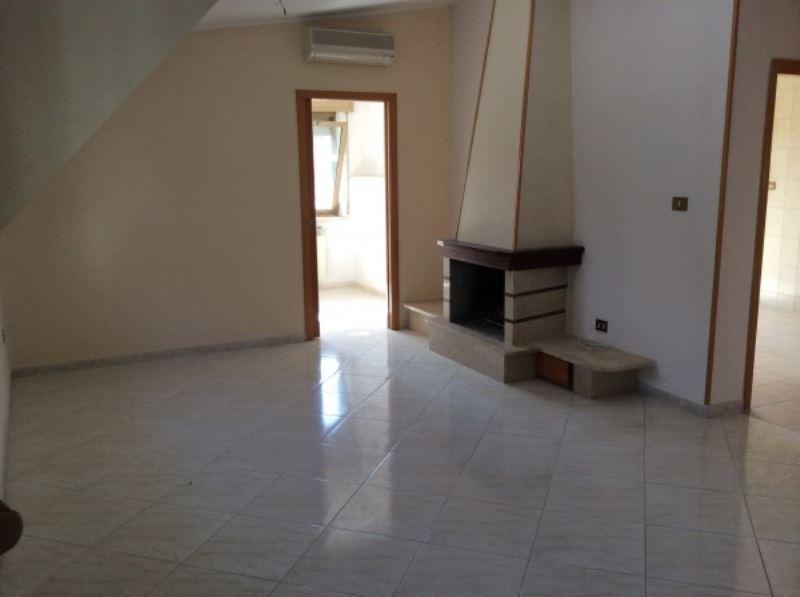 Appartamento in vendita a Pomigliano d'Arco, 3 locali, prezzo € 220.000 | Cambio Casa.it