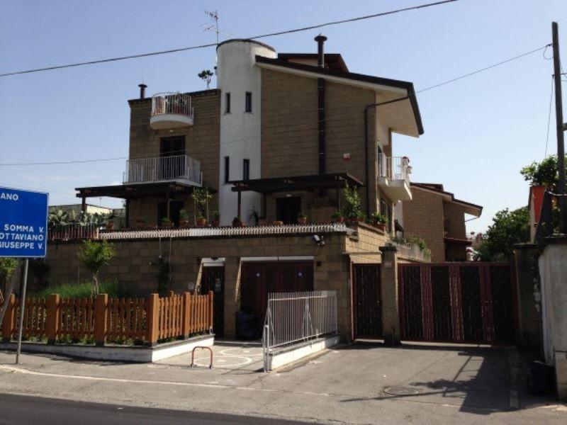 Villa in affitto a Sant'Anastasia, 3 locali, prezzo € 700 | Cambio Casa.it