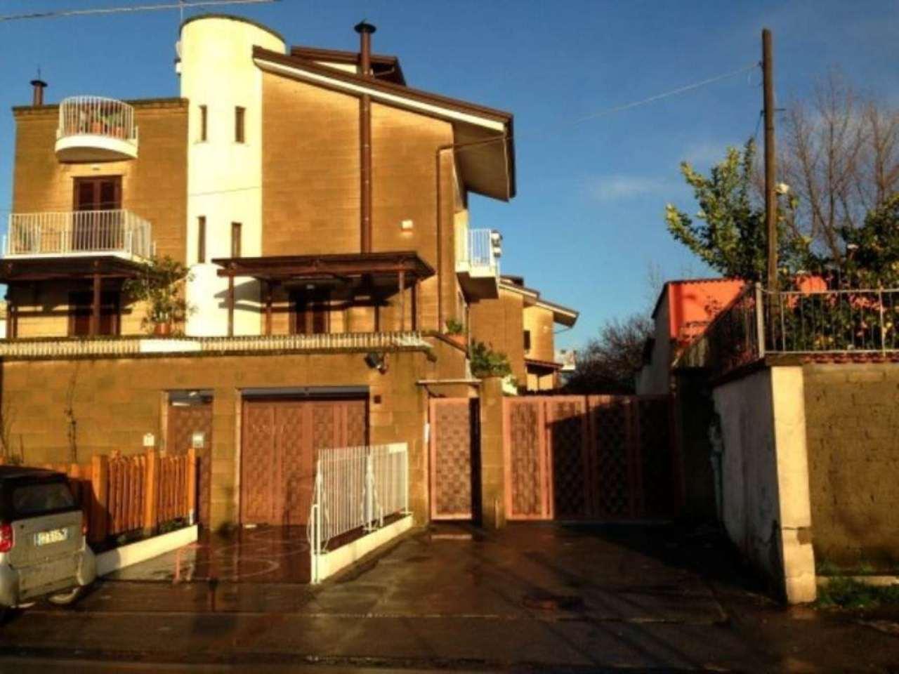 Villa in vendita a Sant'Anastasia, 6 locali, prezzo € 420.000 | CambioCasa.it