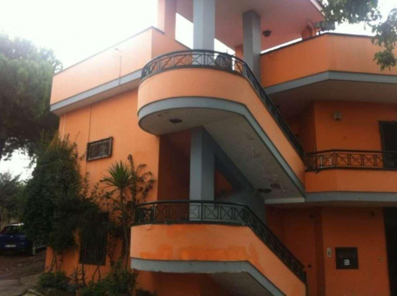 Villa in vendita a Sant'Anastasia, 5 locali, prezzo € 290.000 | CambioCasa.it