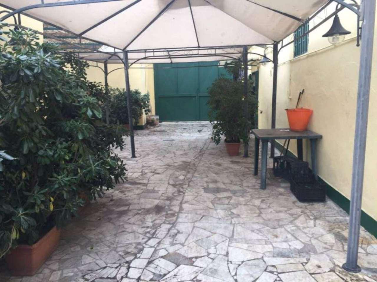 Negozio / Locale in vendita a Pollena Trocchia, 5 locali, prezzo € 25.000 | Cambio Casa.it
