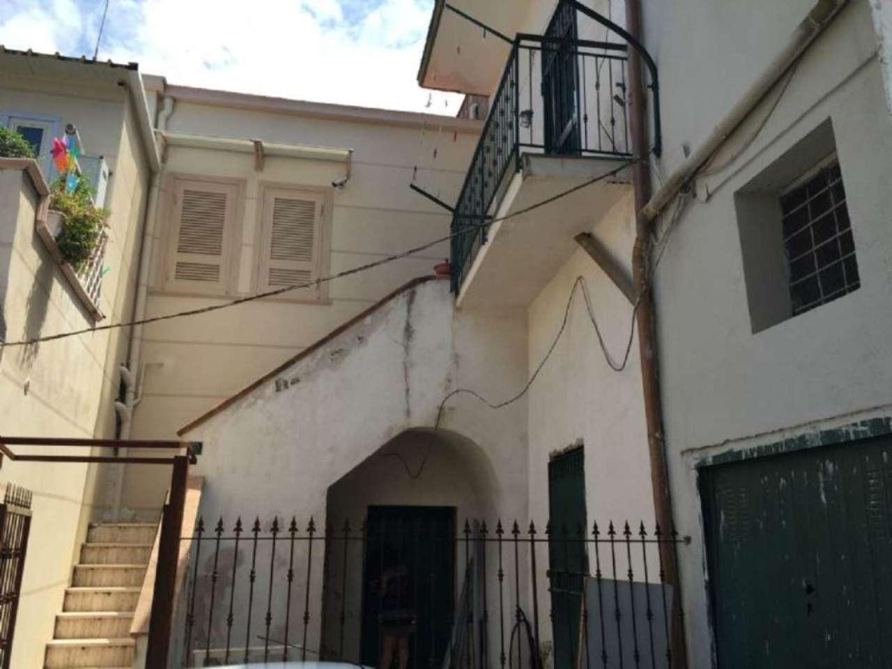 Appartamento in vendita a Sant'Anastasia, 4 locali, prezzo € 85.000 | Cambio Casa.it