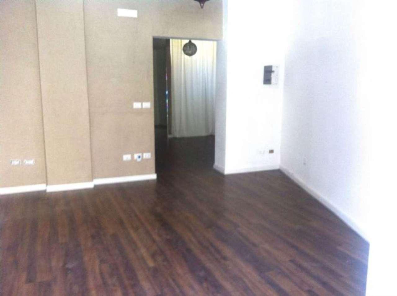 Negozio / Locale in affitto a Sant'Anastasia, 2 locali, prezzo € 550 | Cambio Casa.it