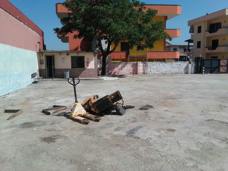 Magazzino in affitto a Sant'Anastasia, 9999 locali, prezzo € 600 | Cambio Casa.it