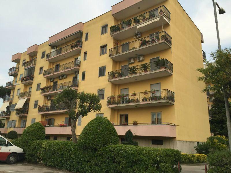 Appartamento in affitto a Sant'Anastasia, 3 locali, prezzo € 450 | Cambio Casa.it