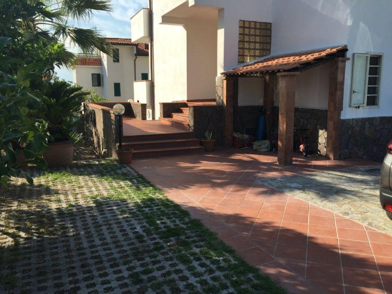 Villa a Schiera in vendita a Pollena Trocchia, 7 locali, prezzo € 520.000 | Cambio Casa.it