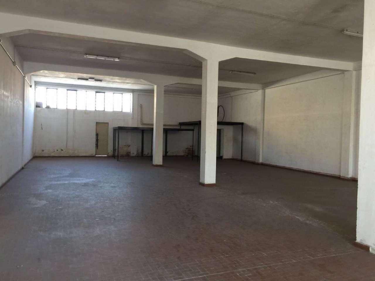 Capannone in affitto a Cercola, 1 locali, prezzo € 1.500 | Cambio Casa.it