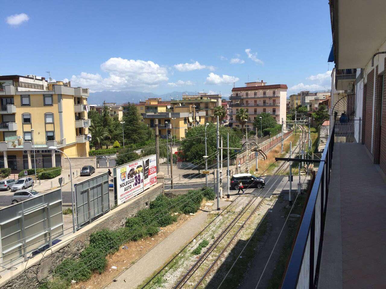 Appartamento in affitto a Sant'Anastasia, 4 locali, prezzo € 500 | CambioCasa.it