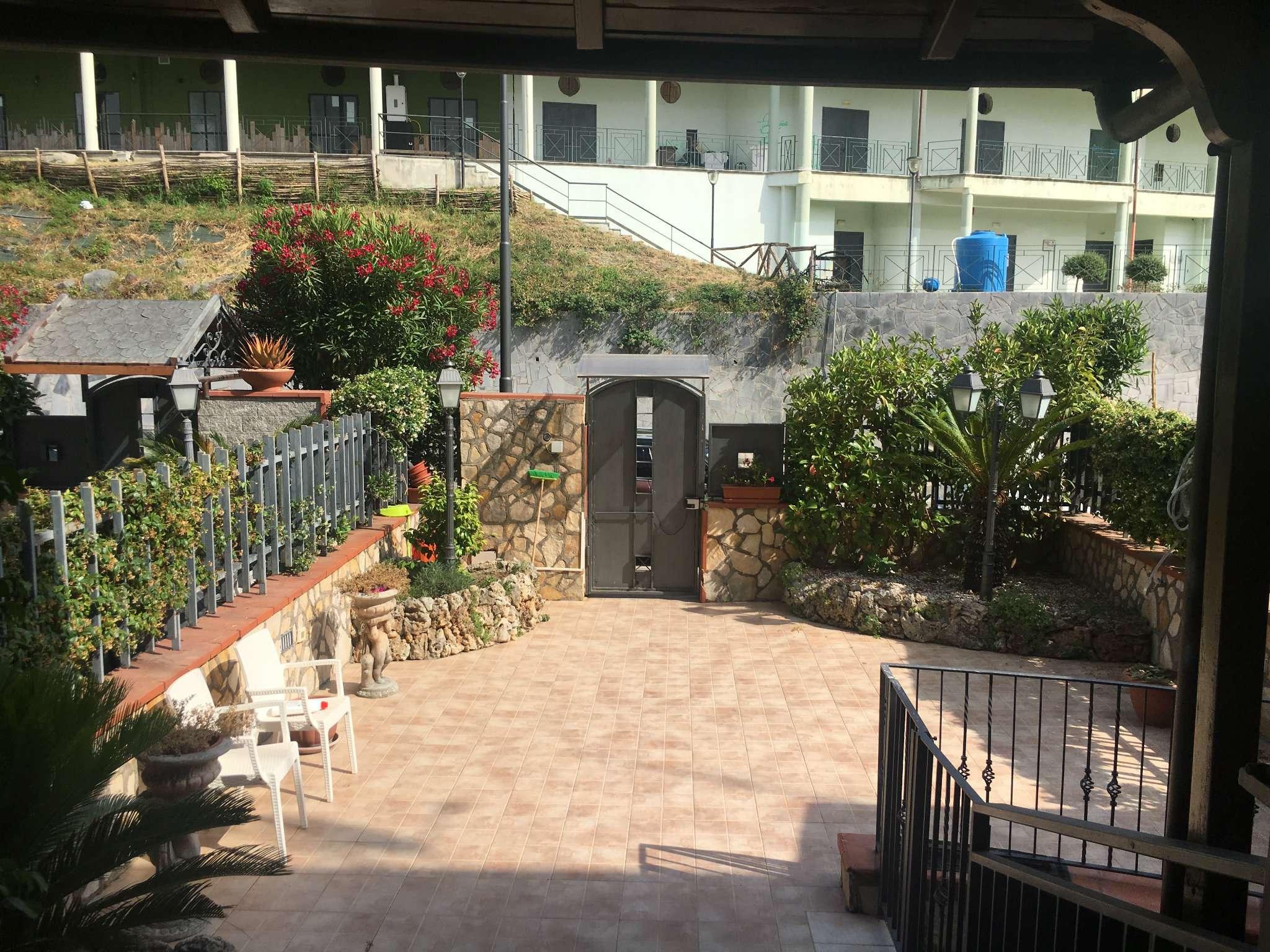 Villa in vendita a Massa di Somma, 5 locali, prezzo € 470.000 | CambioCasa.it