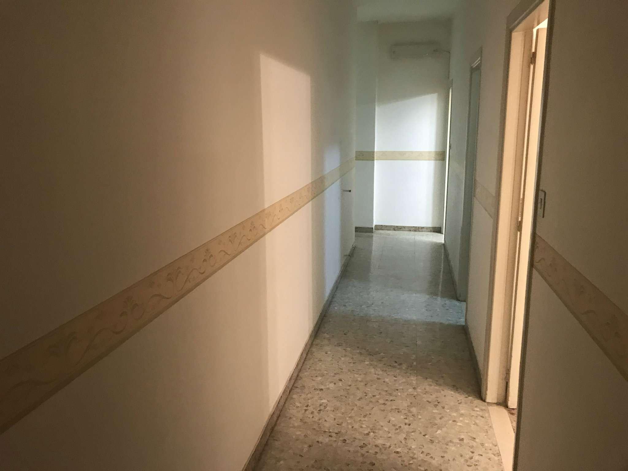 Appartamento in affitto a Sant'Anastasia, 7 locali, prezzo € 500 | CambioCasa.it
