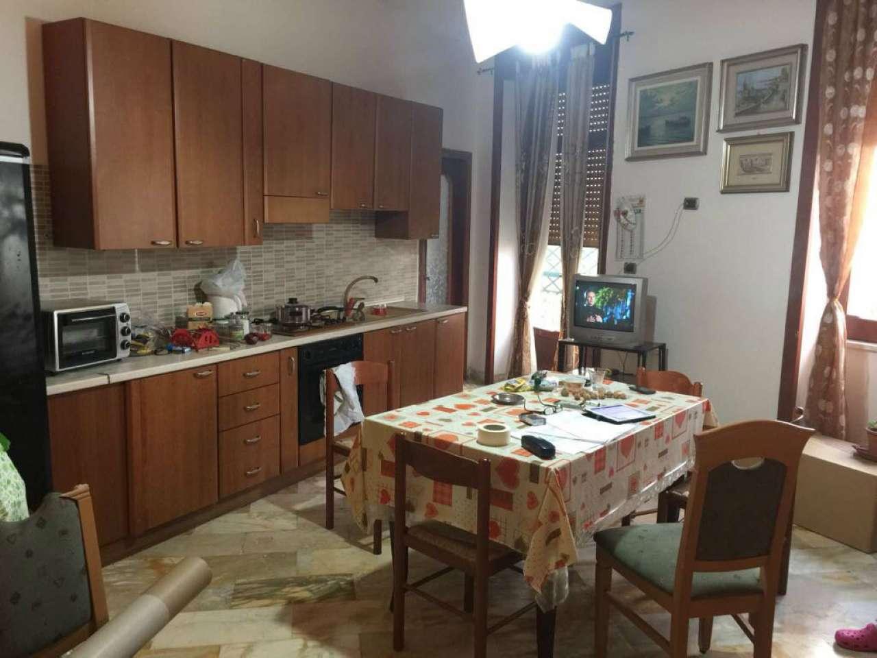 Appartamento in affitto a Sant'Anastasia, 2 locali, prezzo € 370 | CambioCasa.it