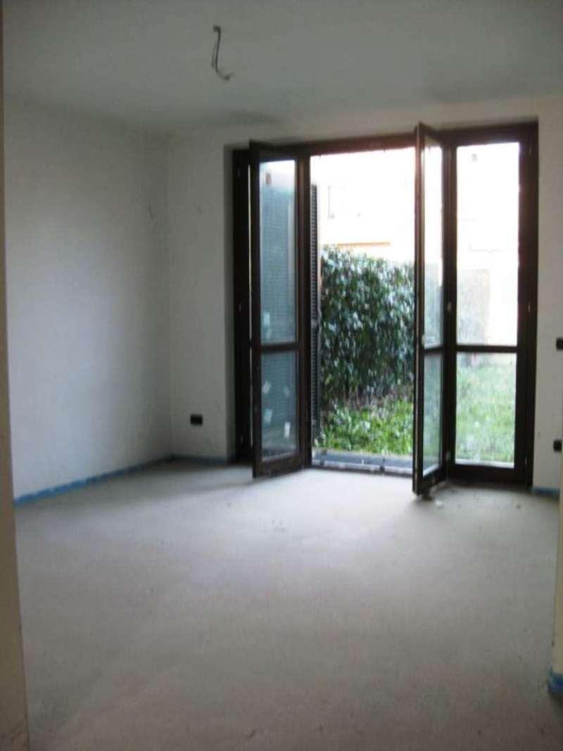 Villa Tri-Quadrifamiliare in vendita a Villasanta, 4 locali, prezzo € 460.000 | CambioCasa.it