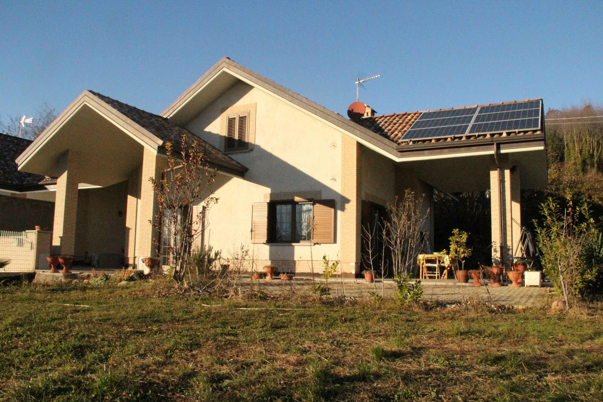 Villa in vendita a Reano, 7 locali, prezzo € 390.000 | Cambio Casa.it