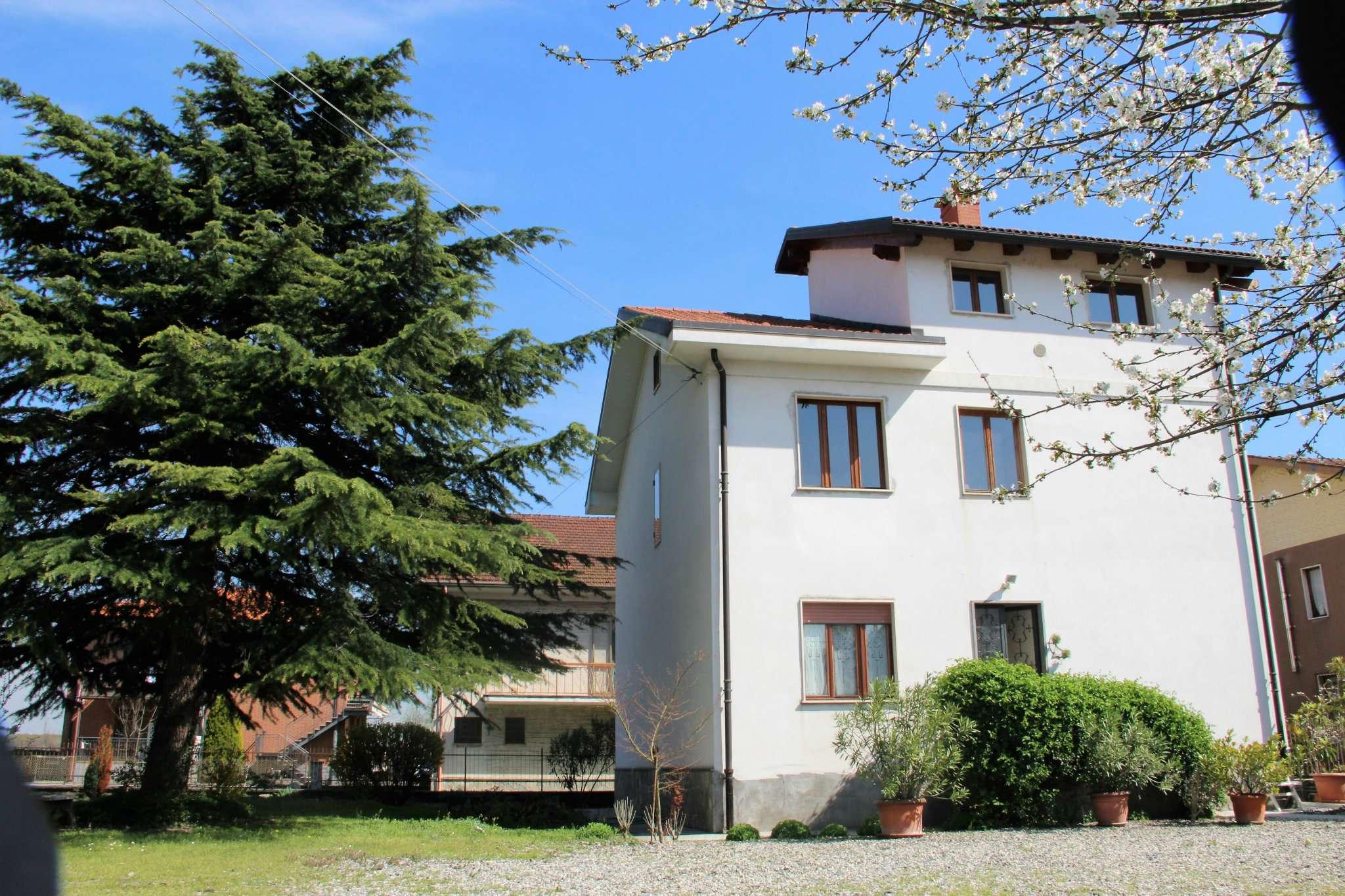 Villa in vendita a Buttigliera Alta, 10 locali, prezzo € 320.000   Cambio Casa.it
