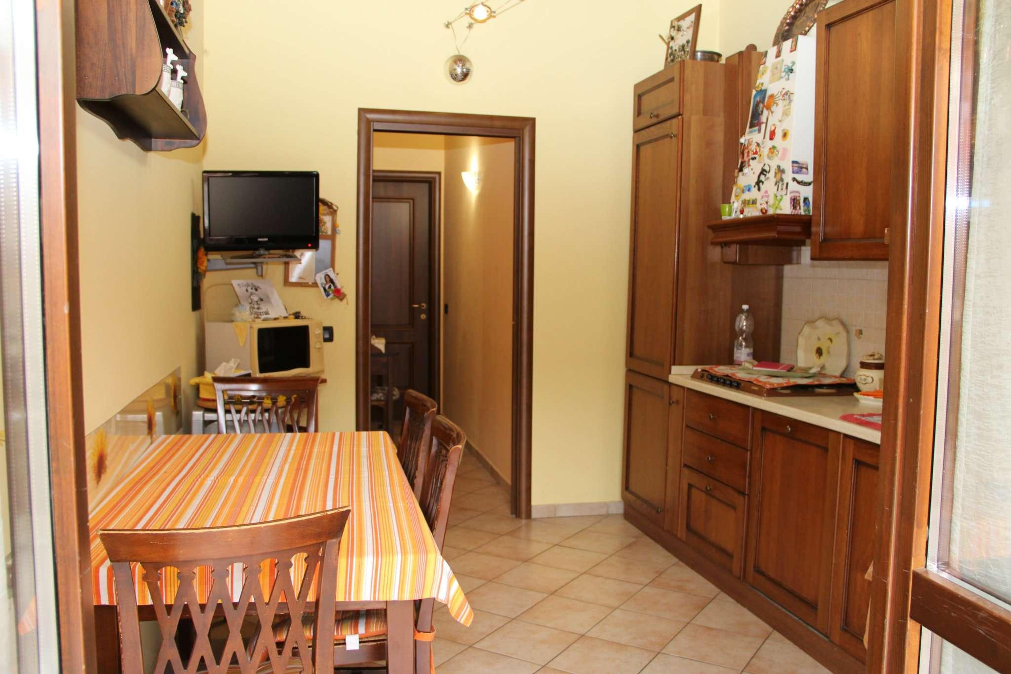 Appartamento in vendita a Avigliana, 4 locali, prezzo € 125.000   Cambio Casa.it