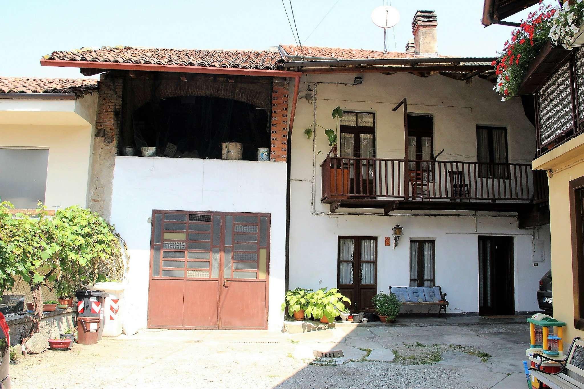 Foto 1 di Casa indipendente via Maria Vittoria, Reano