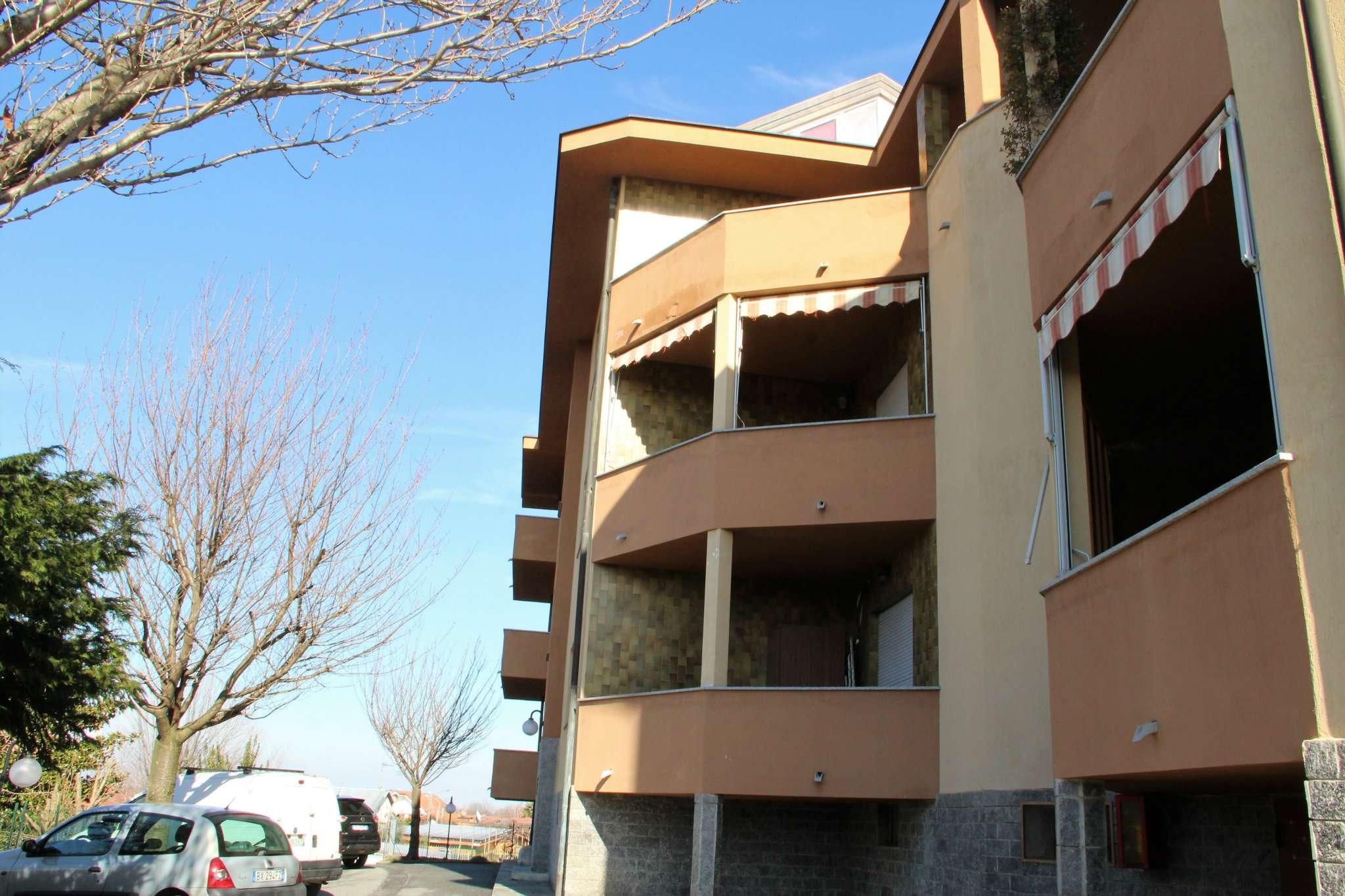Foto 1 di Quadrilocale strada BUCET, Rosta