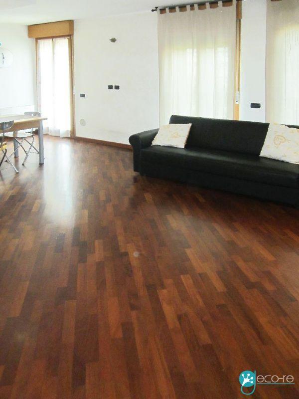 Appartamento in vendita a Rozzano, 3 locali, prezzo € 235.000 | CambioCasa.it