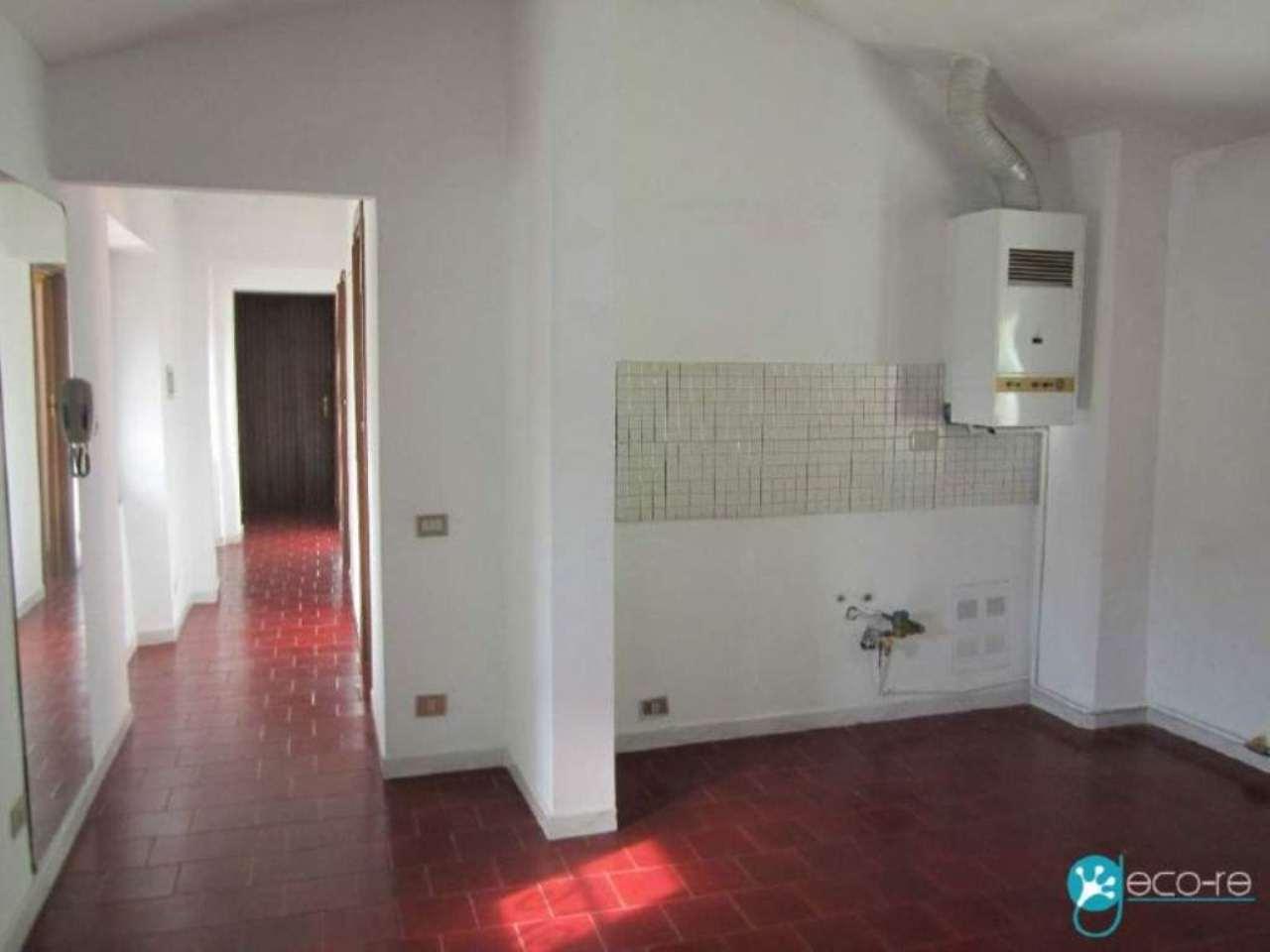 Bilocale Dormelletto Via Roma 3