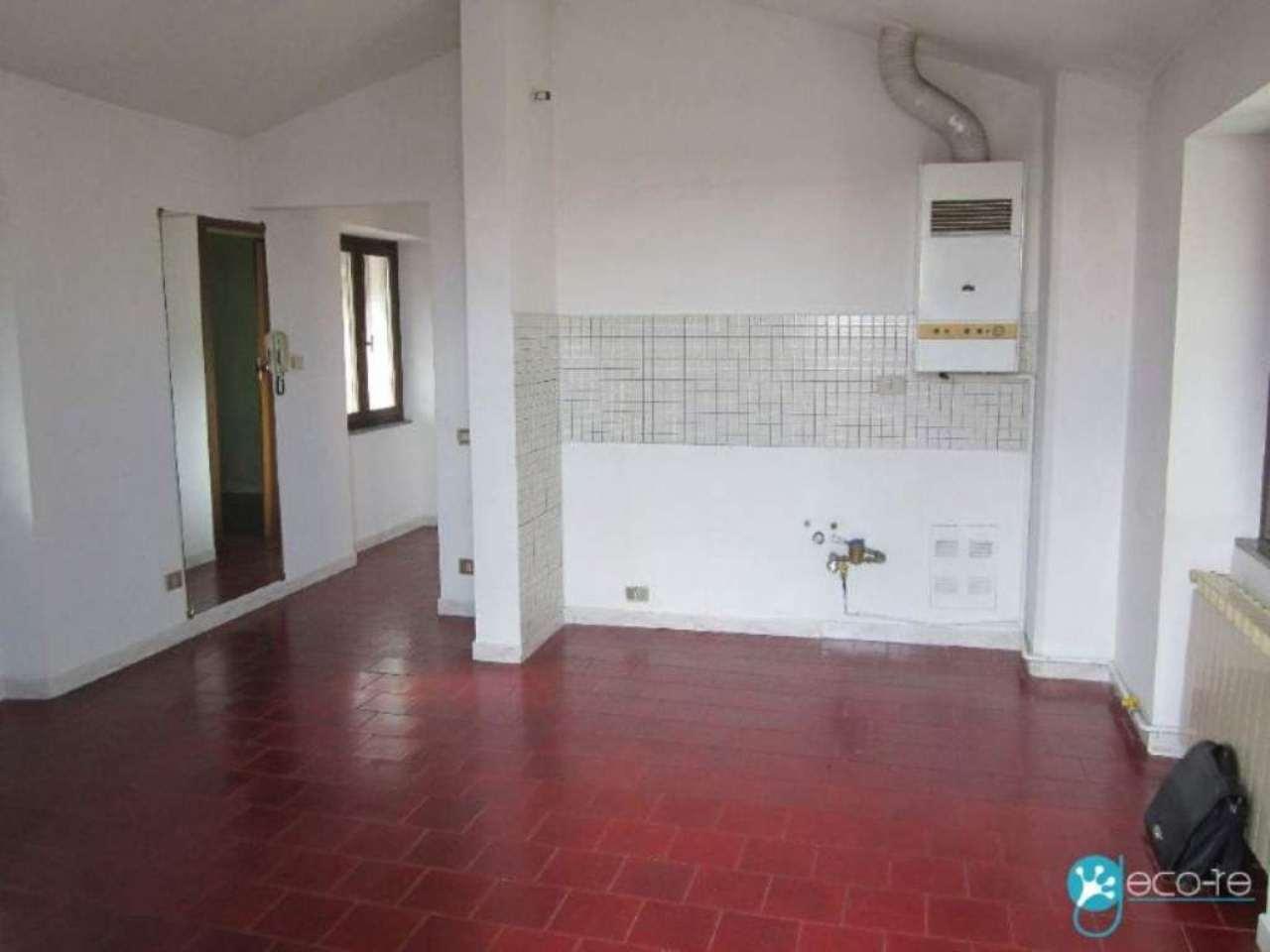 Bilocale Dormelletto Via Roma 4
