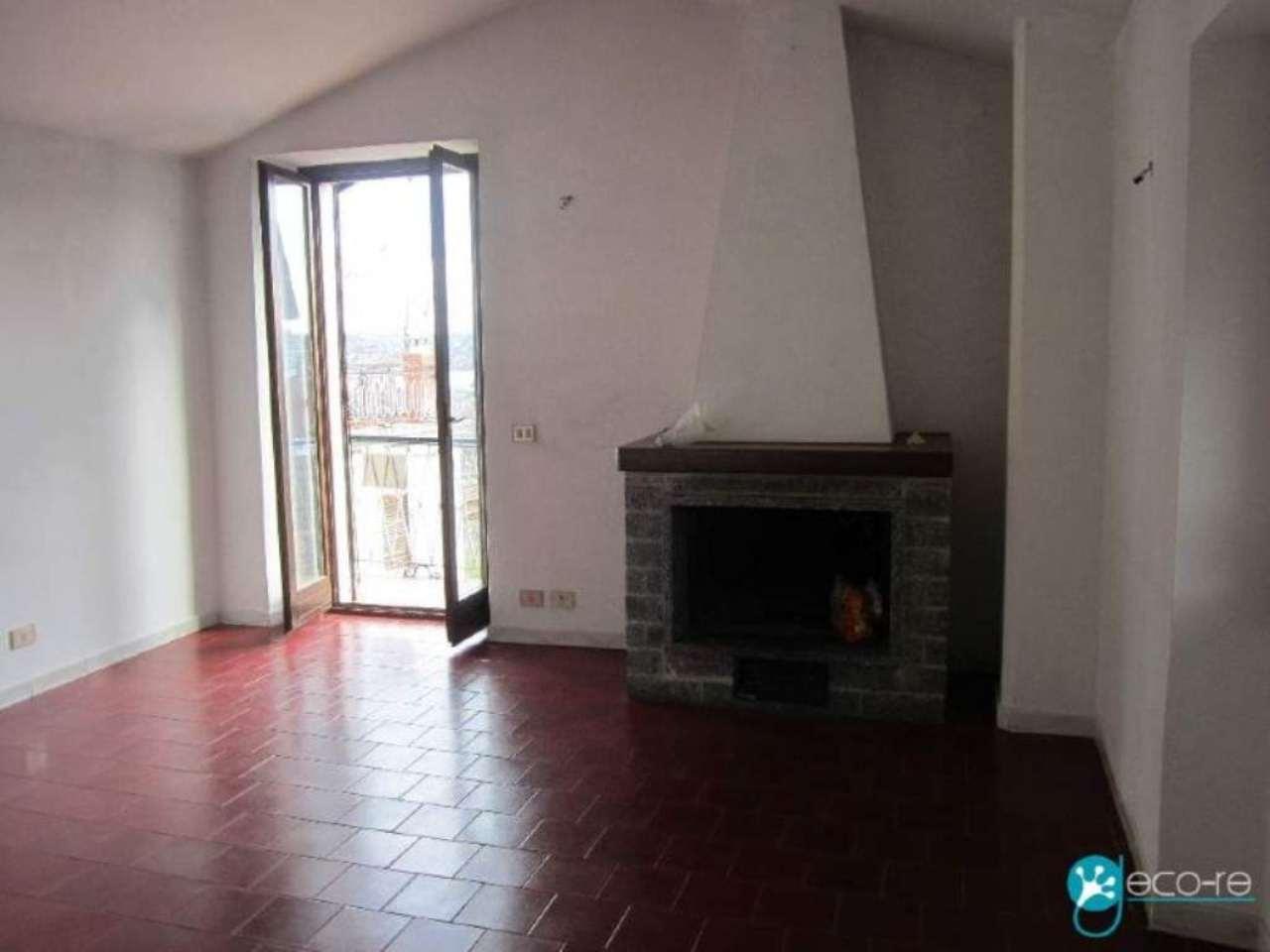 Appartamento in vendita a Dormelletto, 2 locali, prezzo € 61.000 | Cambio Casa.it