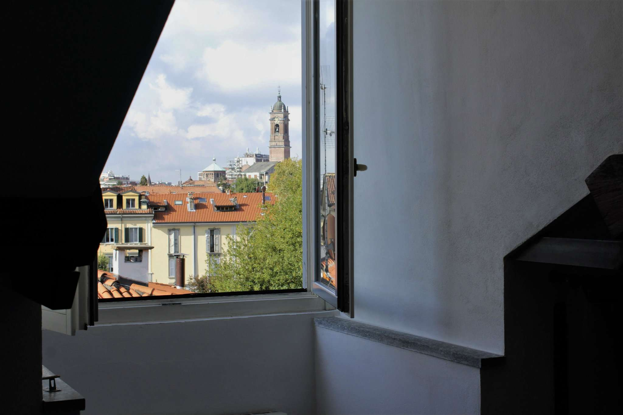 Bilocale Monza Via Lecco 13