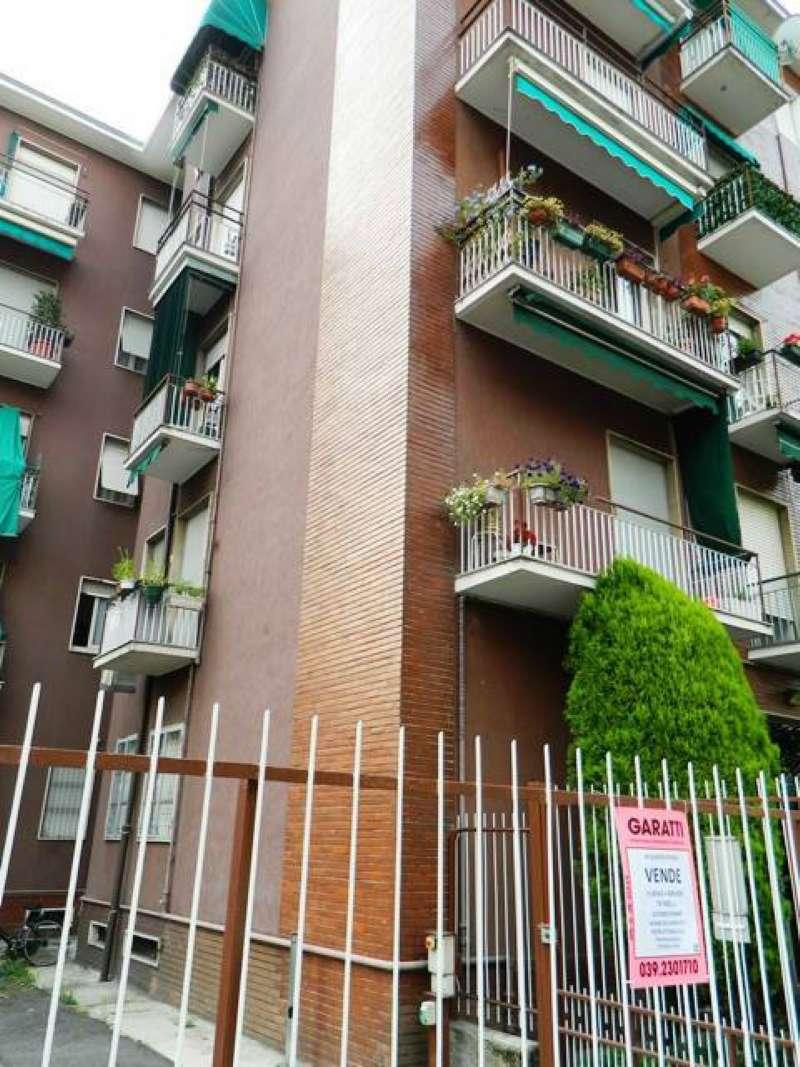 Bilocale Monza Via Reina 4