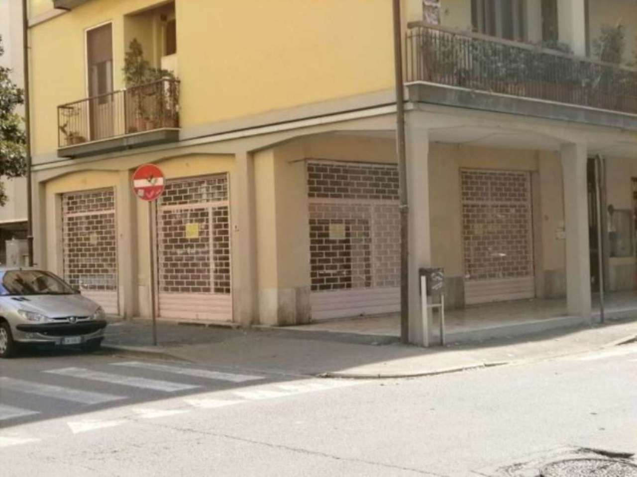 Negozio / Locale in vendita a Scandicci, 2 locali, prezzo € 180.000 | Cambio Casa.it