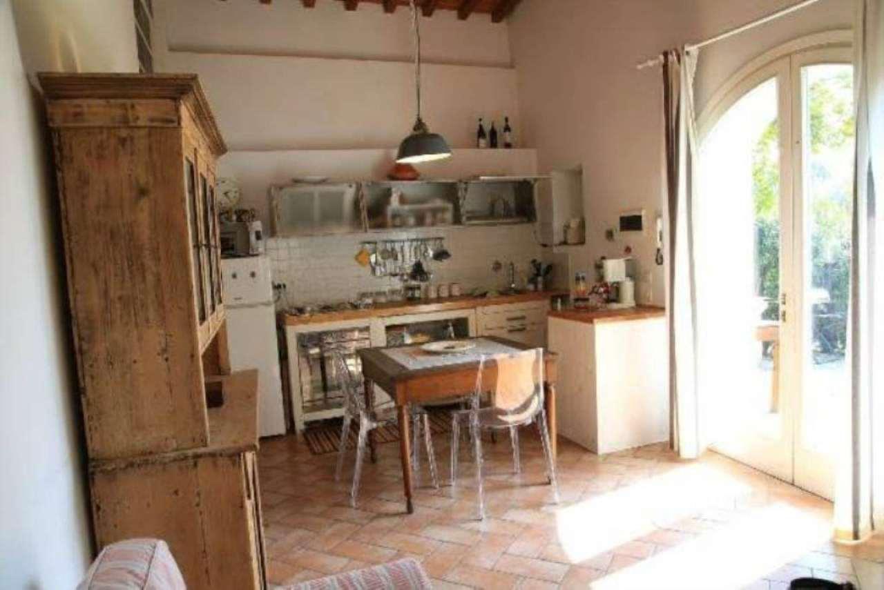 Rustico / Casale in affitto a Firenze, 2 locali, zona Zona: 1 . Castello, Careggi, Le Panche, prezzo € 790 | Cambio Casa.it
